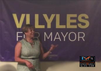 CHARLOTTE MAYORAL NOMINEE DEMOCRAT VI LYLES SPEAKS AT VOLUNTEER KICK-OFF EVENT